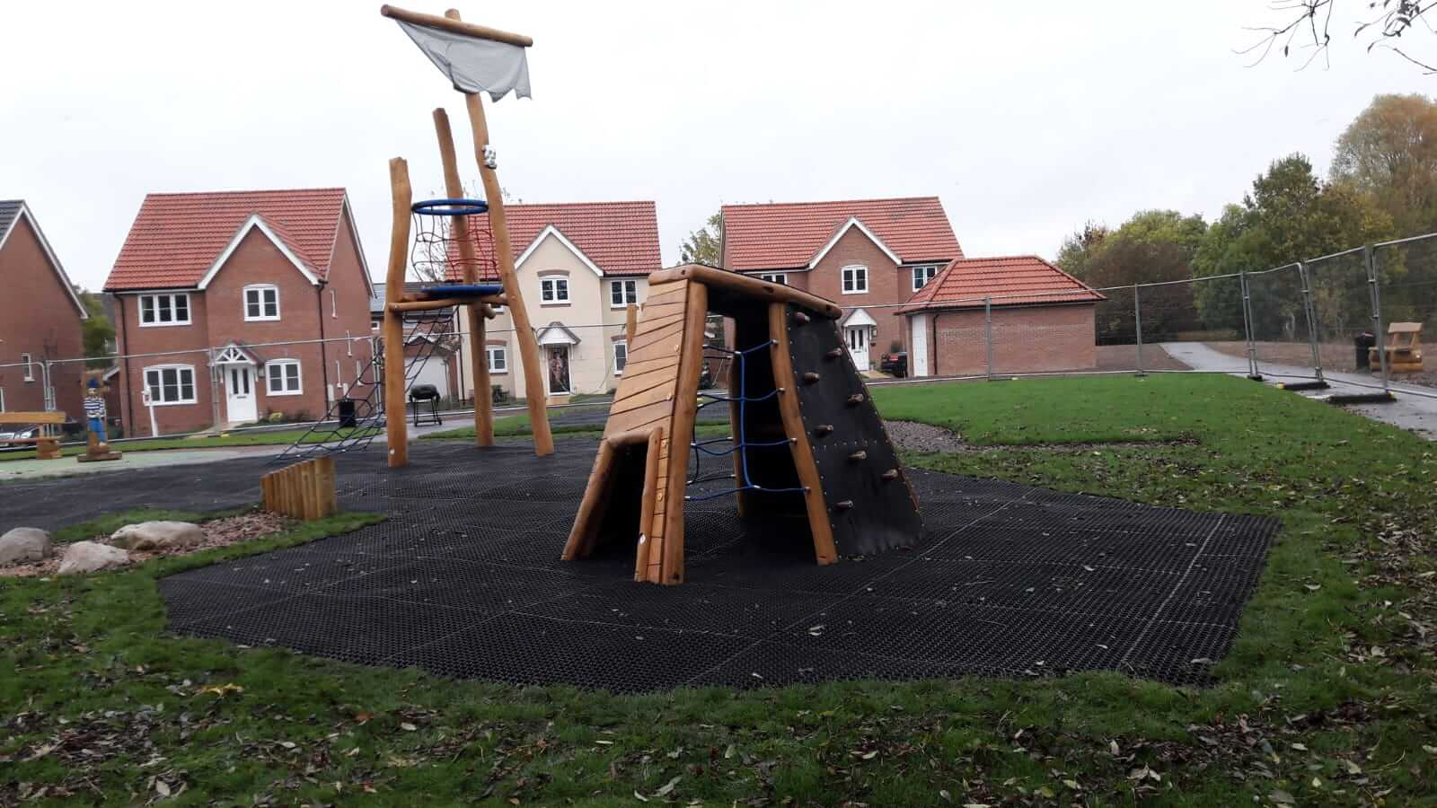 childrens play area surfacing