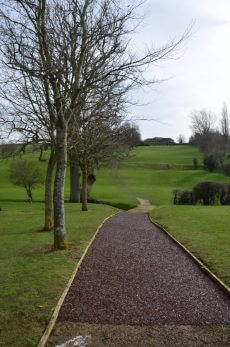 rubber mulch pathway for golf club